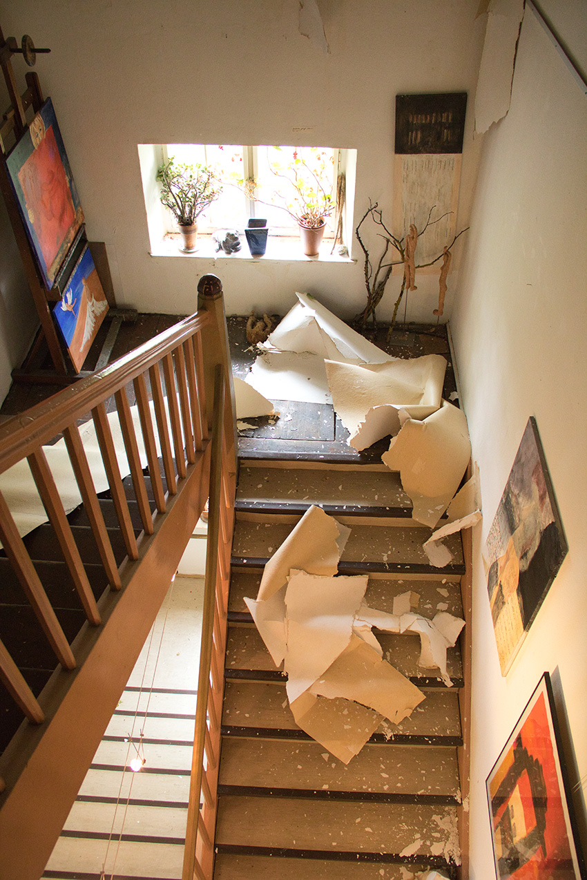 Verwüstetes Treppenhaus